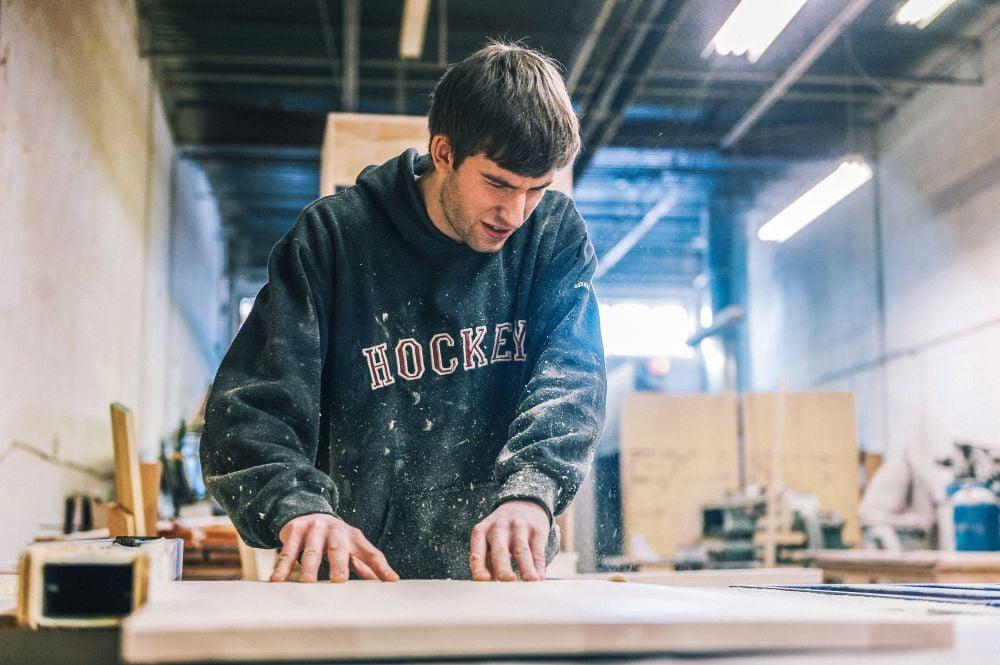 Lee más sobre el artículo Toda la información para estudiar carpintería en Australia